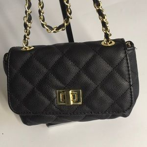 Steve Madden Small Black Quilted Crossbody Chain S